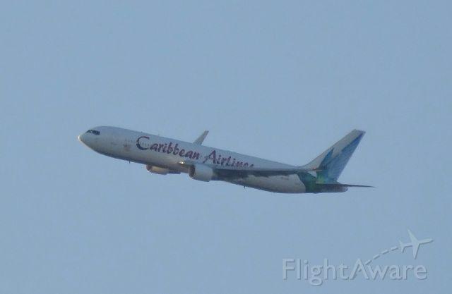BOEING 767-300 (9Y-LGW)