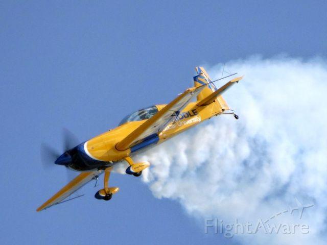 EXTRA EA-300 (N330ER)