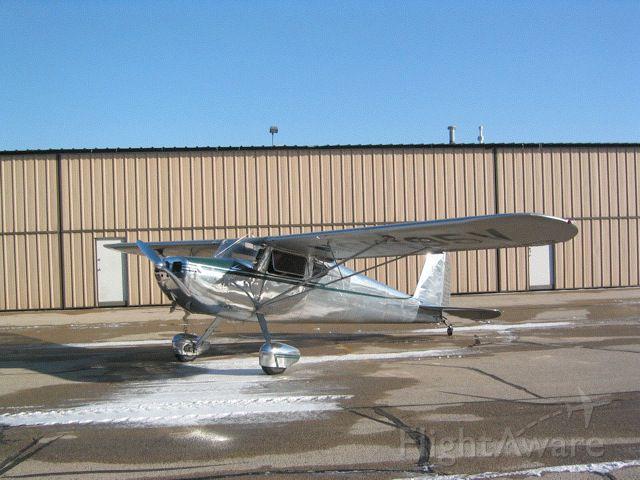 Cessna 140 (N1695V) - Look! Shiny! Brrrrr....