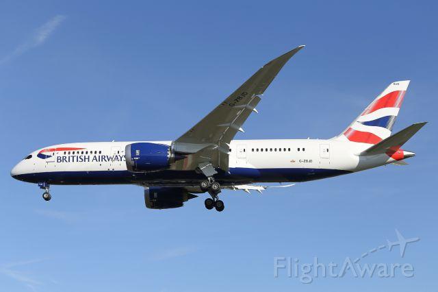 Boeing 787-8 (G-ZBJD) - British Airways 3rd B787-800, G-ZBJD, arrives at LHR.
