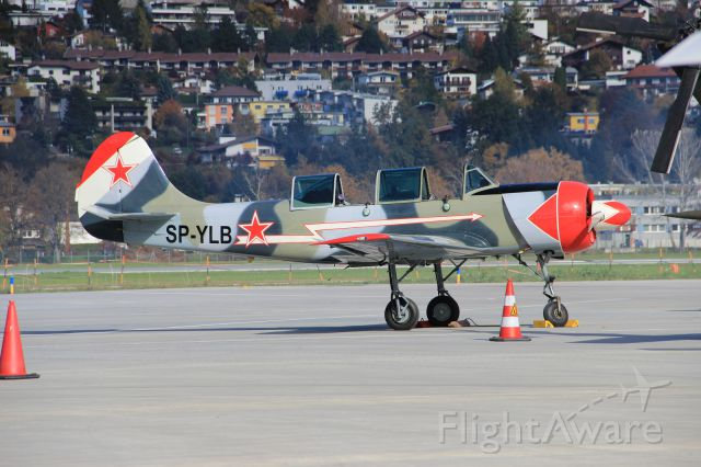 YAKOVLEV Yak-52 (SP-YLB)