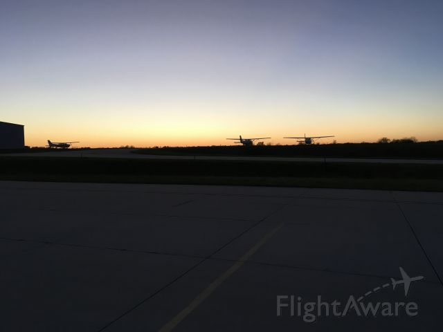 Cessna Skyhawk — - Sunset at Skyhaven after a long day flying.