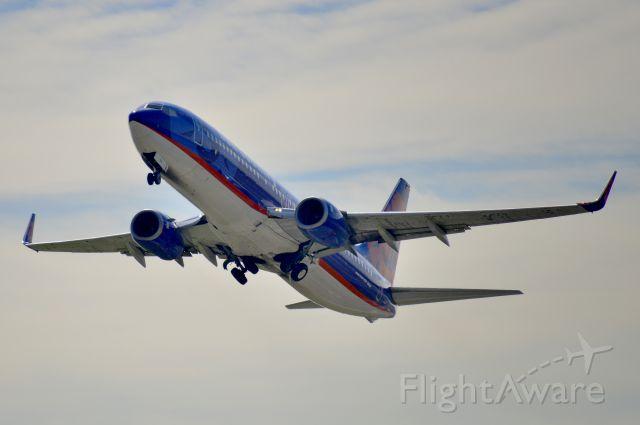 Boeing 737-800 (N815SY) - N815SY  Boeing  B737-8BK  SCX  KDCA  20121001