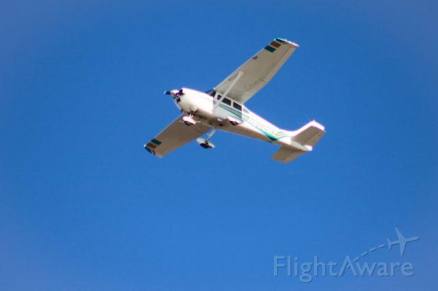 Cessna Skyhawk (N8528T)