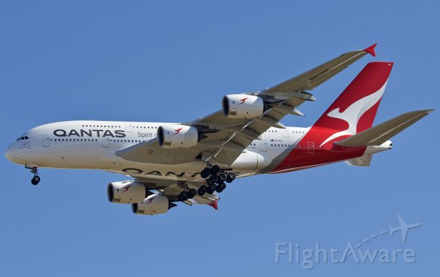 """Airbus A380-800 (VH-OQL) - Qantas 7 Super arriving to DFW 11/20/2018 (please view in """"full"""" for best image quality)"""