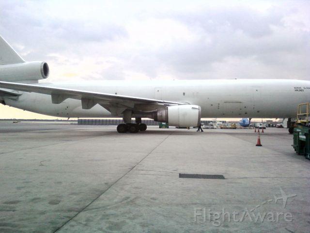 — — - MD-11