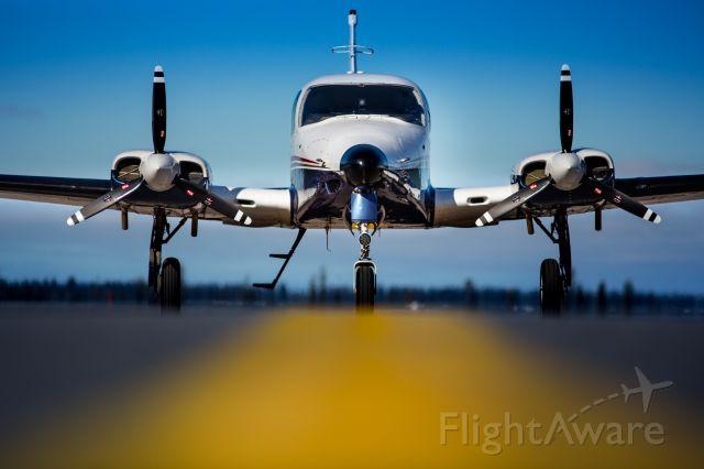 Cessna 310 (N57BW)