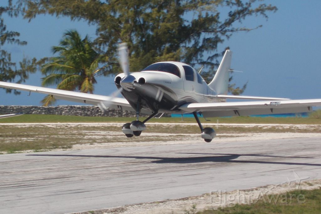 Cessna 400 (N2528T) - Pittstown Point
