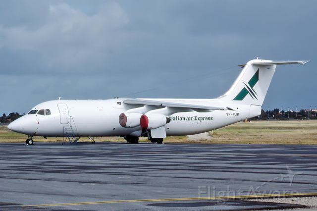 British Aerospace BAe-146-300 (VH-NJM) - AUSTRALIAN AIR EXPRESS - BRITISH AEROSPACE BAe - 146-200 - REG VH-NJM (CN E2034) - ADELAIDE INTERNATIONAL AIRPORT SA. AUSTRALIA - YPAD (11/12/1995)