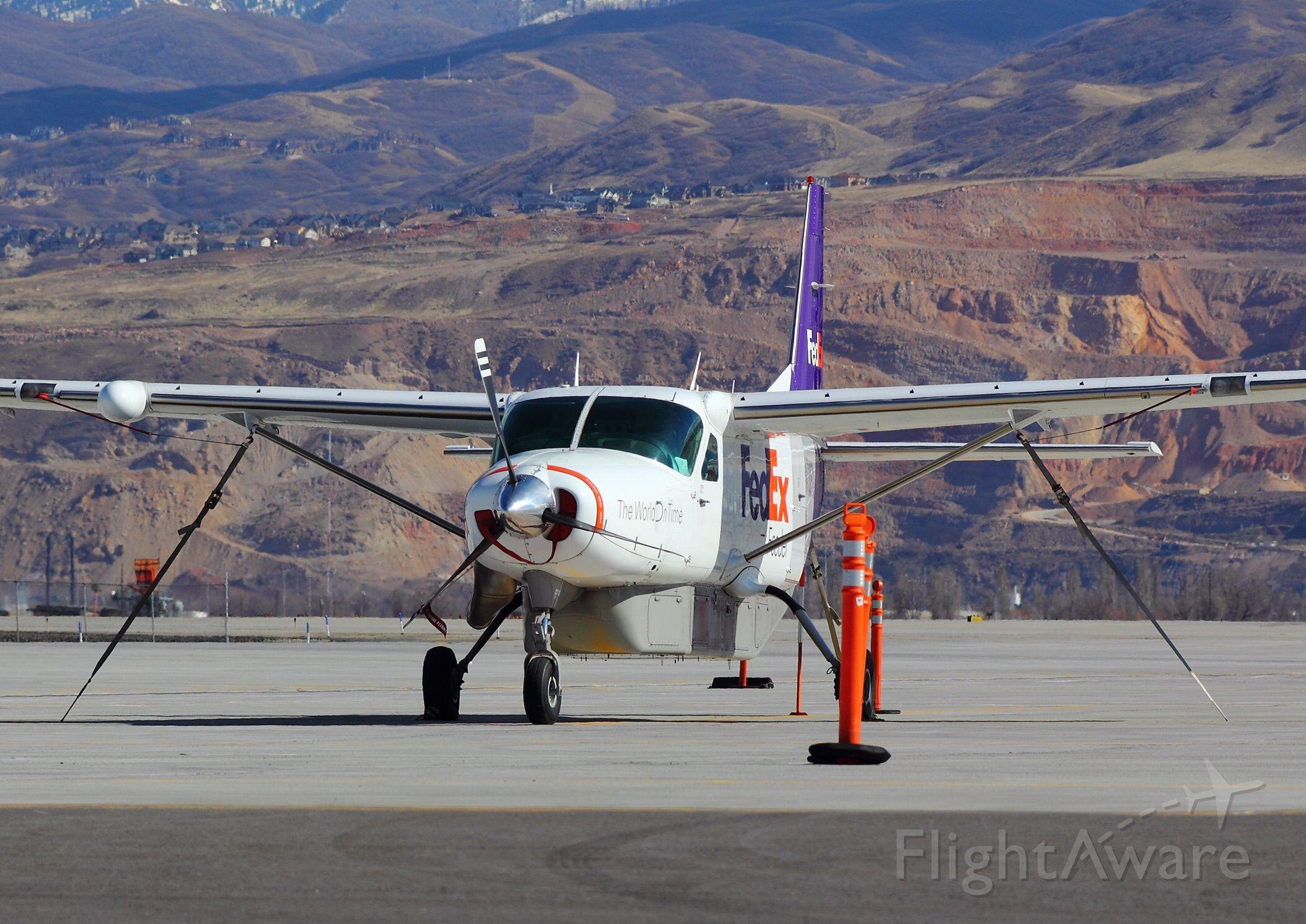 Cessna Caravan (N751FE)
