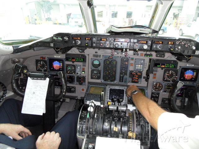 McDonnell Douglas MD-83 (N9406W) - Former TWA. Very friendly crew!