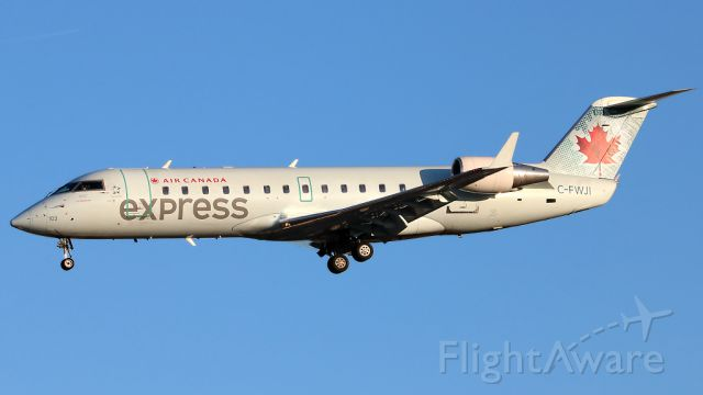 Canadair Regional Jet CRJ-100 (C-FWJI) - Apr 20 2018