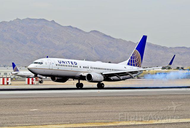 Boeing 737-800 (N37281) - United Airlines Boeing 737-824 N37281 cn 31599  - Las Vegas - McCarran International (LAS / KLAS) USA - Nevada, October 5, 2012 Photo: Tomás Del Coro