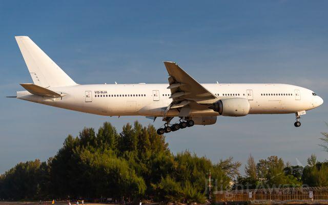 Boeing 777-200 (VQ-BJA)