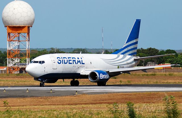 BOEING 737-300 (PR-SDL) - Boeing 737-700 (PR-SDL)