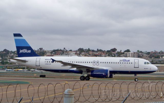 """Airbus A320 (N503JB) - """"Bluebird"""" makes a turn from D to B1 to await release."""