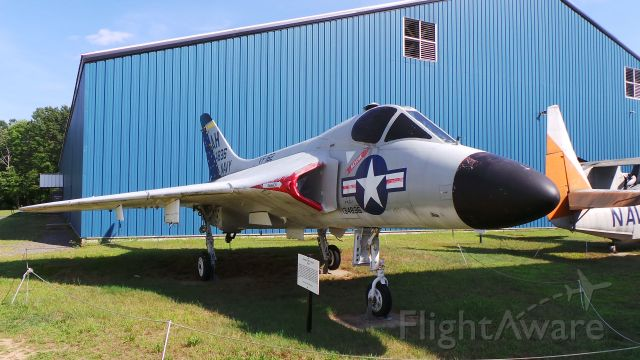 13-4886 — - F4D-1 @ New England Air Museum