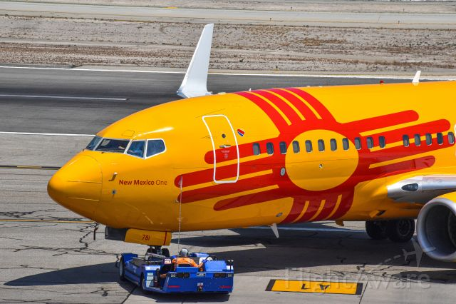 Boeing 737-700 (N781WN) - Southwest New Mexico pushing back to depart from Burbank