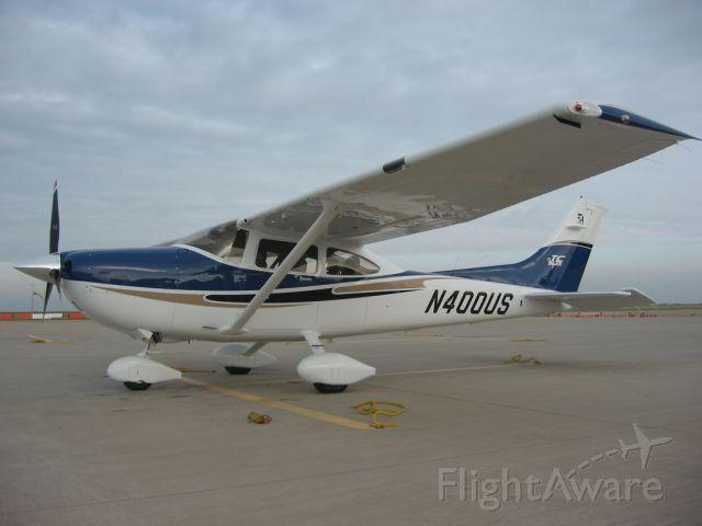 Cessna Skylane (N400US)