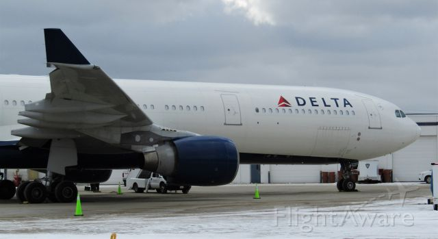 Airbus A330-300 (N815NW) - Bills charter Delta A330-300! Headed to MCI.