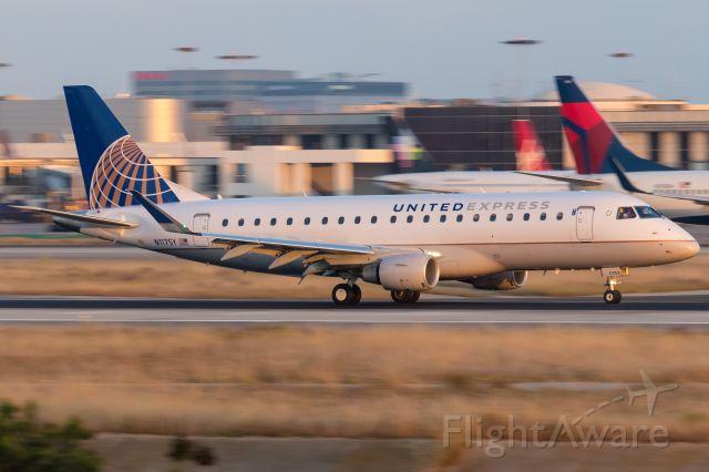 Embraer 175 (N117SY) - 04.05.2017