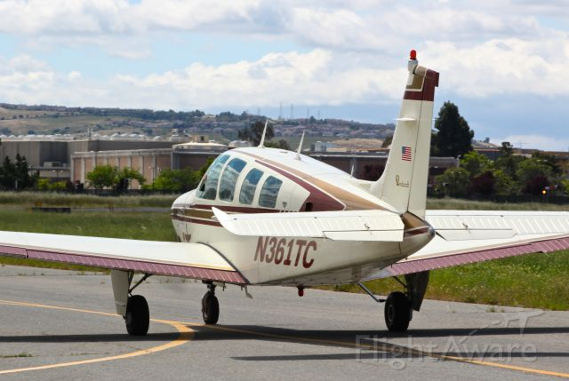 Beechcraft Bonanza (36) (N361TC) - Nice looking Beechcraft Bonanza 36 taxing out for departure at Reid Hillview Airport, San Jose, CA.