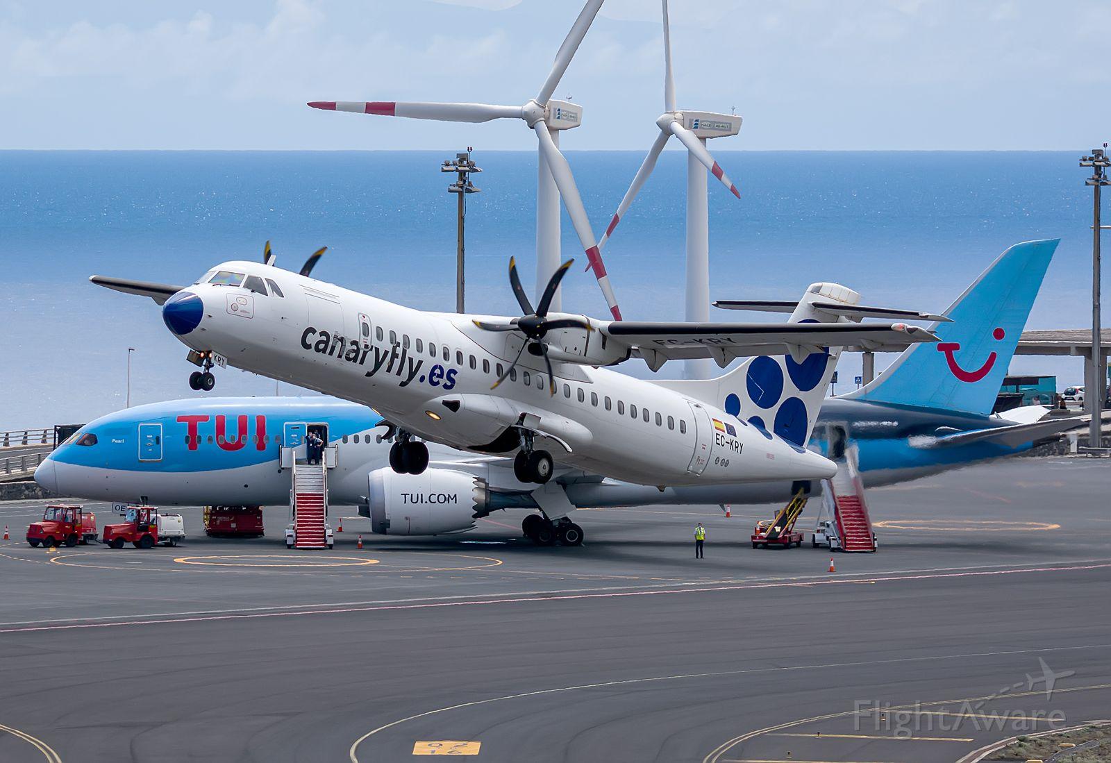 Aerospatiale ATR-42-300 (EC-KRY)