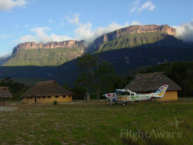 Cessna 206 Stationair (YV-1666) - Sunshine at Uruyen, Gran Sabana, Venezuela