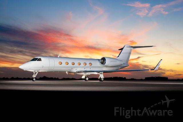 Gulfstream Aerospace Gulfstream IV (N450KR)