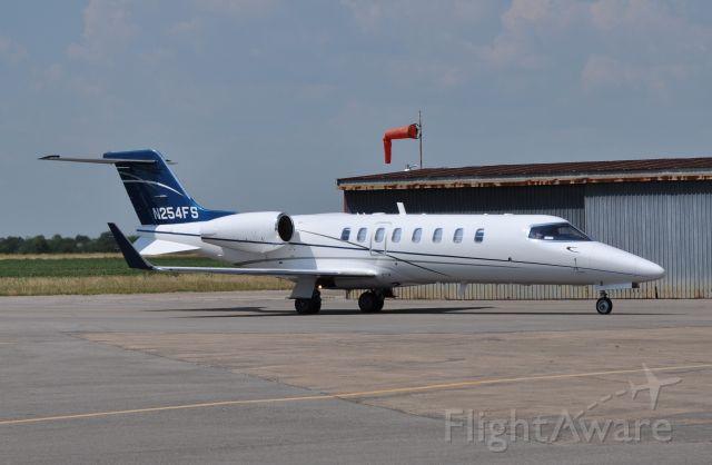Learjet 45 (N254FS)