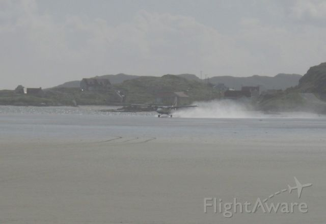 Saab 340 (G-BZFP) - British Airways Twin Otter on take off from Barra Scotland RW33. The airport is a beach! Runway is 846 m (approx 2600ft)