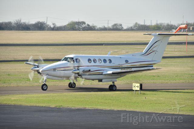 Beechcraft King Air 90 (N31FM)