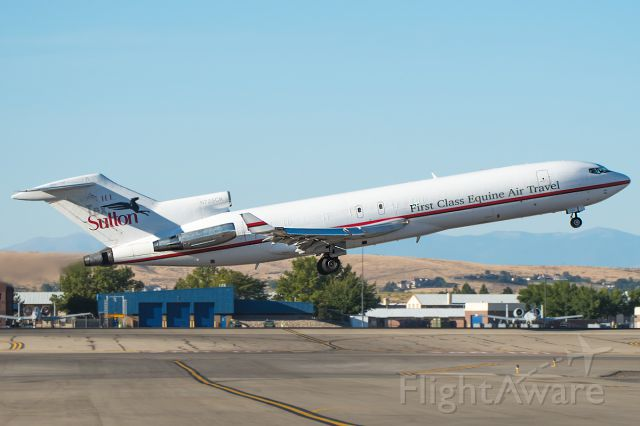 BOEING 727-200 (N725CK) - a very nice treat yesterday morning! A very rare 727 came in for a customs stop and departing within one hour! glad to see her still flying.