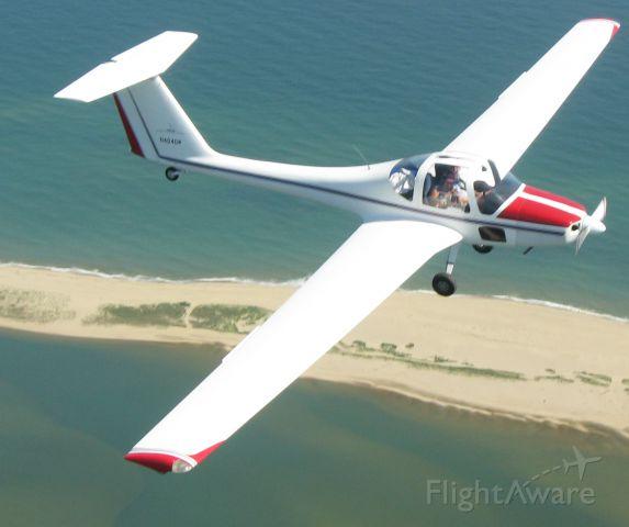 N404DW — - GROB OVER SOUTH BEACH ON MARTHA