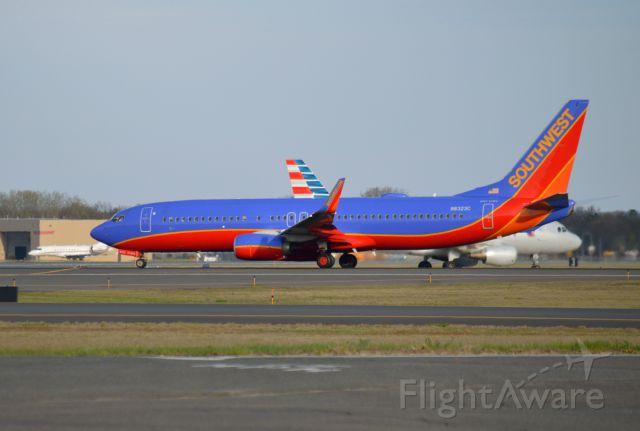 Boeing 737-800 (N8323C) - Southwest 737 rockets off BDL